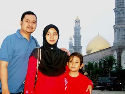 masjid kubah mas (depan)