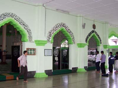 Teras Masjid Agung Payaman (Magelang, Jawa Tengah)