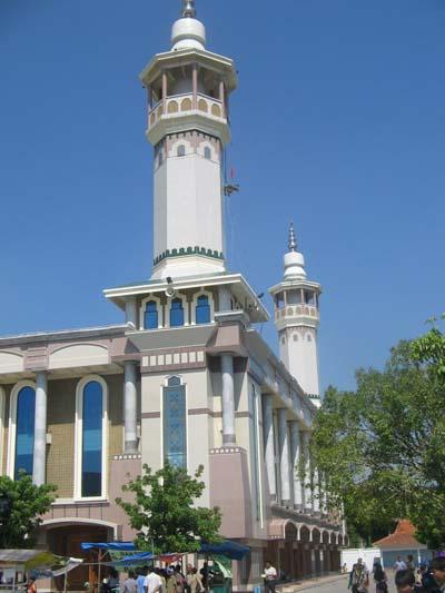 Masjid Luhur Nurhasan
