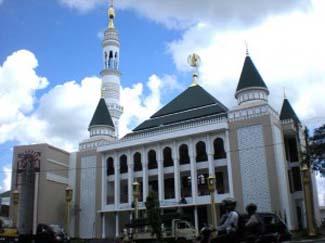Masjid Al Muttaqun (Tampak Depan)