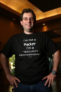 kevin mitnick - I'm Not Hacker ?