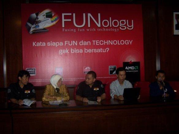 Funology - Pembukaan Oleh Ibu Rektor