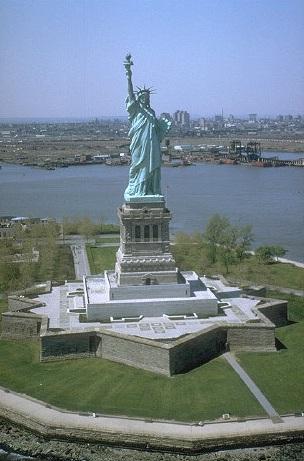 Patung Liberti